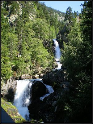 2009 07 12 10 36 53 0038 - Agua, mucha agua en el valle de Benasque
