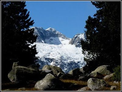 P1040490 redimensionar redimensionar redimensionar redimensionar - Otoño, nieve y color, Valle de Benasque en vivo.