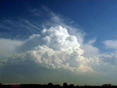 P1260199 - Viajando con las nubes.
