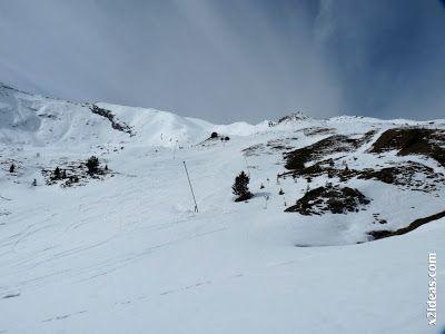 P1450254 - Gallinero después de nevar anoche.