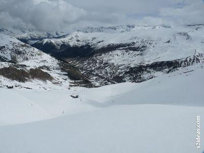 P1450293 - Gallinero después de nevar anoche.
