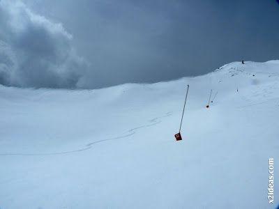 P1450295 - Gallinero después de nevar anoche.