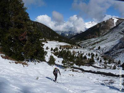 P1450971 - Ascensión al Pico Castanesa (2858 m) y su bajada ...