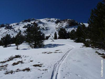 P1450980 - Ascensión al Pico Castanesa (2858 m) y su bajada ...