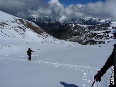 P1460003 - Ascensión al Pico Castanesa (2858 m) y su bajada ...