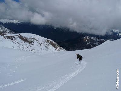 P1460037 - Ascensión al Pico Castanesa (2858 m) y su bajada ...