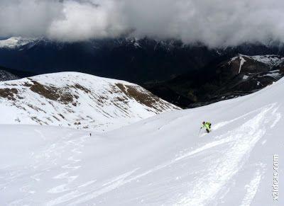 P1460053 - Ascensión al Pico Castanesa (2858 m) y su bajada ...