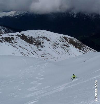 P1460054 - Ascensión al Pico Castanesa (2858 m) y su bajada ...