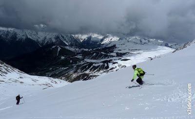 P1460121 - Ascensión al Pico Castanesa (2858 m) y su bajada ...