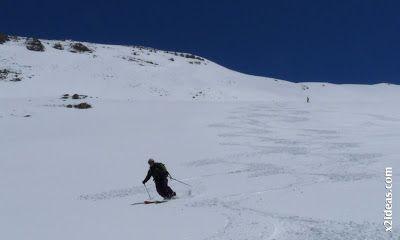 P1460134 - Ascensión al Pico Castanesa (2858 m) y su bajada ...