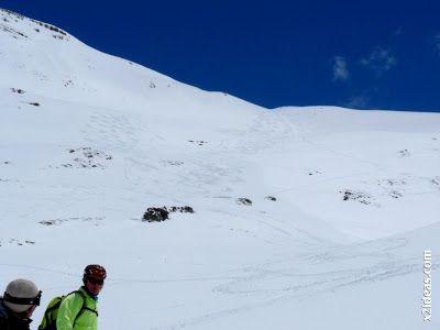 P1460148 - Ascensión al Pico Castanesa (2858 m) y su bajada ...