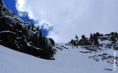 P1460149 - Ascensión al Pico Castanesa (2858 m) y su bajada ...