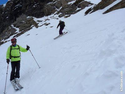 P1460161 - Ascensión al Pico Castanesa (2858 m) y su bajada ...