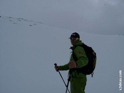 P1460488 - Seguimos esquiando ... a la espera a que mejore el tiempo.