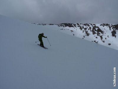 P1460497 - Seguimos esquiando ... a la espera a que mejore el tiempo.