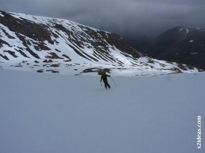 P1460498 - Seguimos esquiando ... a la espera a que mejore el tiempo.