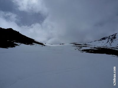 P1460505 - Seguimos esquiando ... a la espera a que mejore el tiempo.