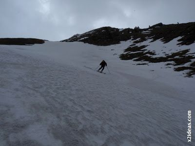 P1460511 - Seguimos esquiando ... a la espera a que mejore el tiempo.