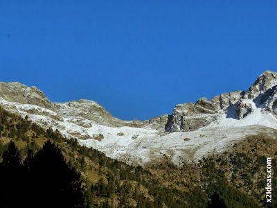 P1490894 - En octubre ya vemos nieve en el Valle de Benasque