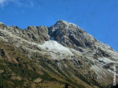 P1490895 - En octubre ya vemos nieve en el Valle de Benasque