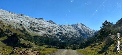 P1490906 - En octubre ya vemos nieve en el Valle de Benasque