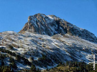 P1490920 - En octubre ya vemos nieve en el Valle de Benasque