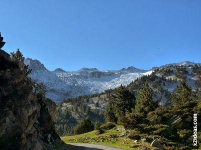 P1490923 - En octubre ya vemos nieve en el Valle de Benasque