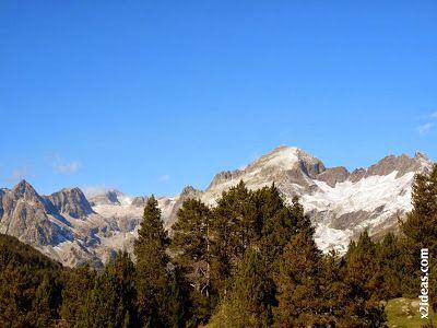 P1490932 - En octubre ya vemos nieve en el Valle de Benasque