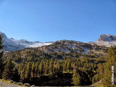 P1490941 - En octubre ya vemos nieve en el Valle de Benasque