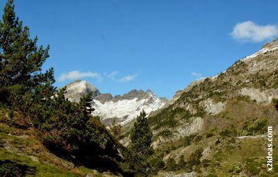 P1490943 - En octubre ya vemos nieve en el Valle de Benasque