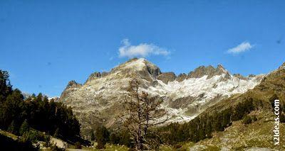 P1490947 - En octubre ya vemos nieve en el Valle de Benasque