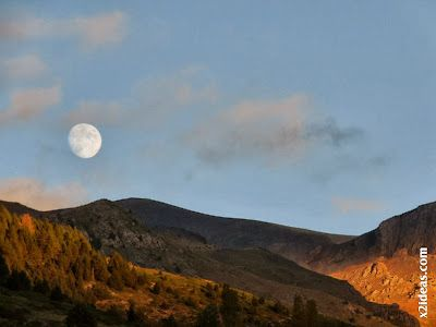 P1490971 - Otoño con luna, Cerler.
