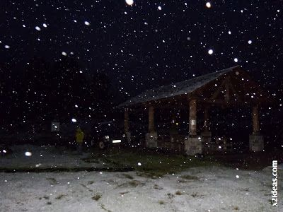 P1500192 - Nevando en el Valle de Benasque. Acaba octubre.