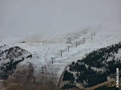 P1500242 - Cerler, noviembre, primera nevada.