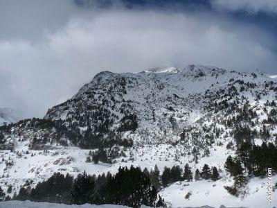 P1500768 - El fondo del Valle de Benasque.