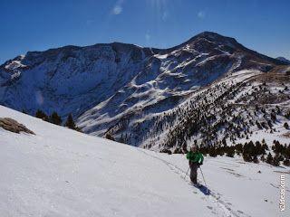 P1510048 - Pico de Cerler esquiando.
