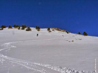 P1510076 - Pico de Cerler esquiando.