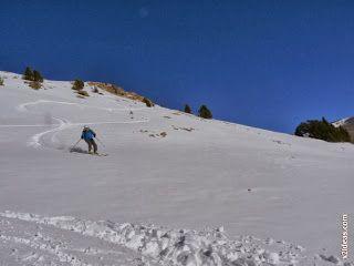 P1510078 - Pico de Cerler esquiando.