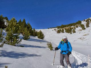 P1510085 - Pico de Cerler esquiando.