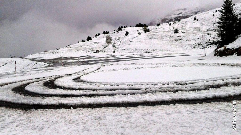 20140526 120807 1024x576 - Casi cerrando Mayo, con nieve en Cerler.