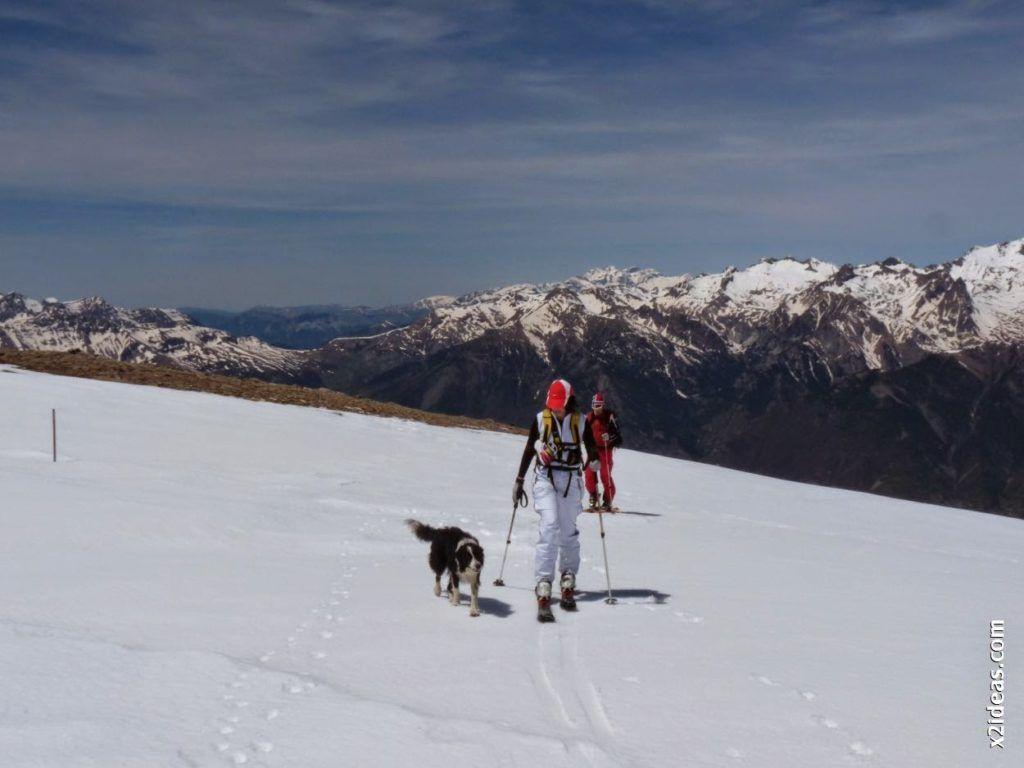 P1530981 1024x768 - Pico Castanesa con los noruegos, buena bajada ...