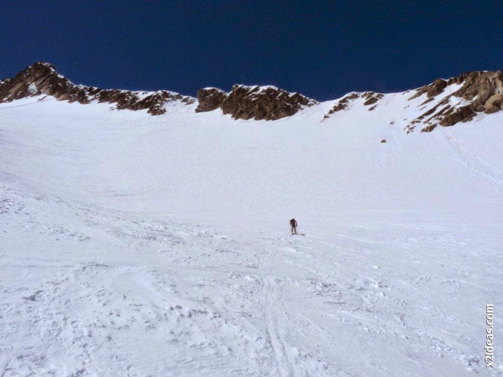 P1540021 1024x768 - Pico de Alba, 3118 m. (146)