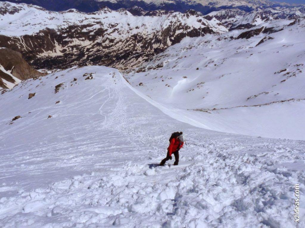 P1540034 1024x768 - Pico de Alba, 3118 m. (146)