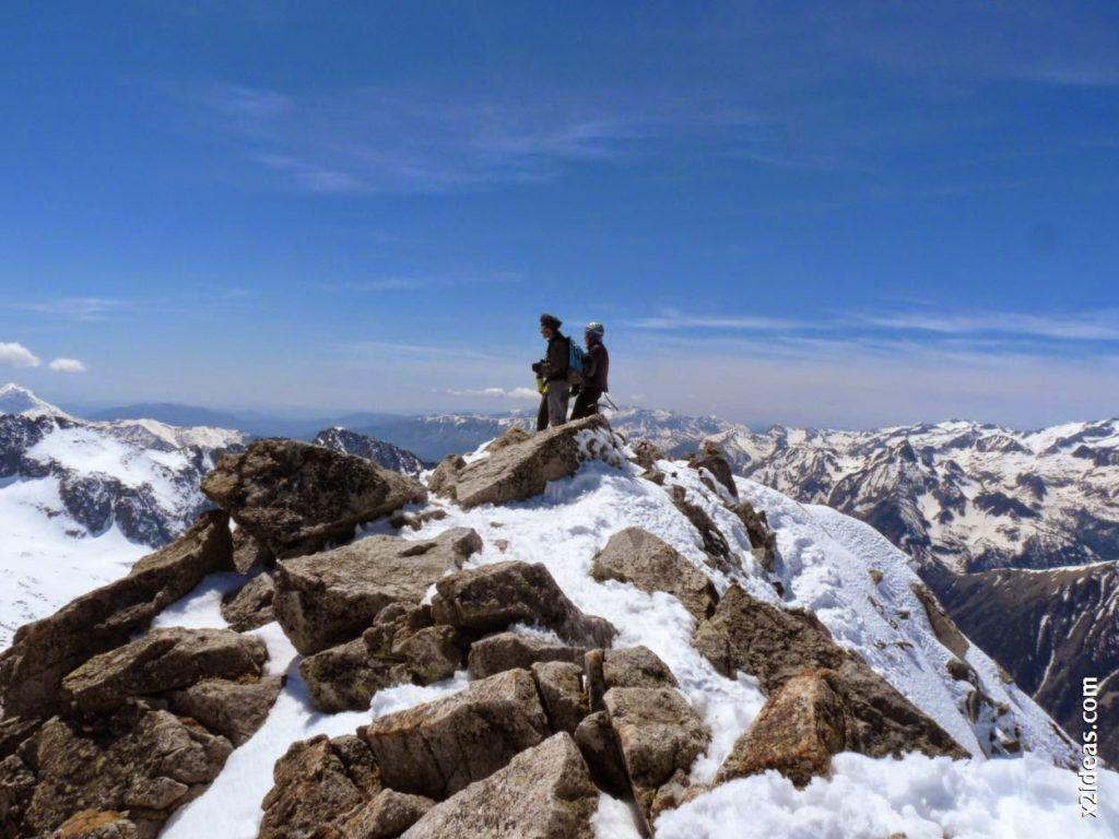 P1540055 1024x768 - Pico de Alba, 3118 m. (146)