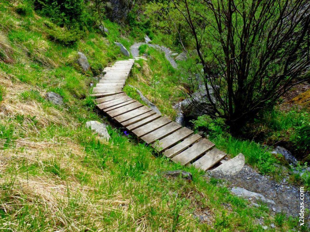 P1540301 1024x768 - Excursión de Los Tres Barrancos. Benasque.