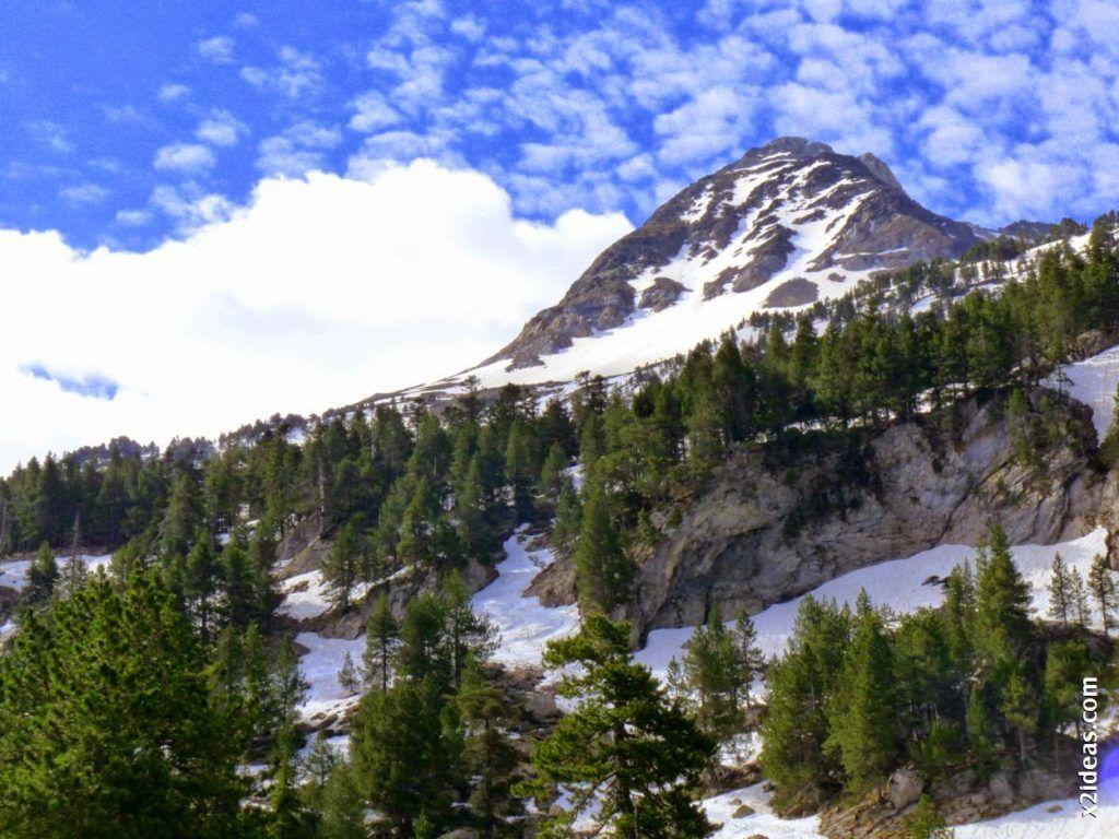 P1540325 1024x768 - Pisando nieve por Aigualluts, Valle de Benasque