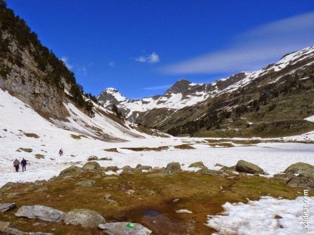 P1540405 1024x768 - Pisando nieve por Aigualluts, Valle de Benasque