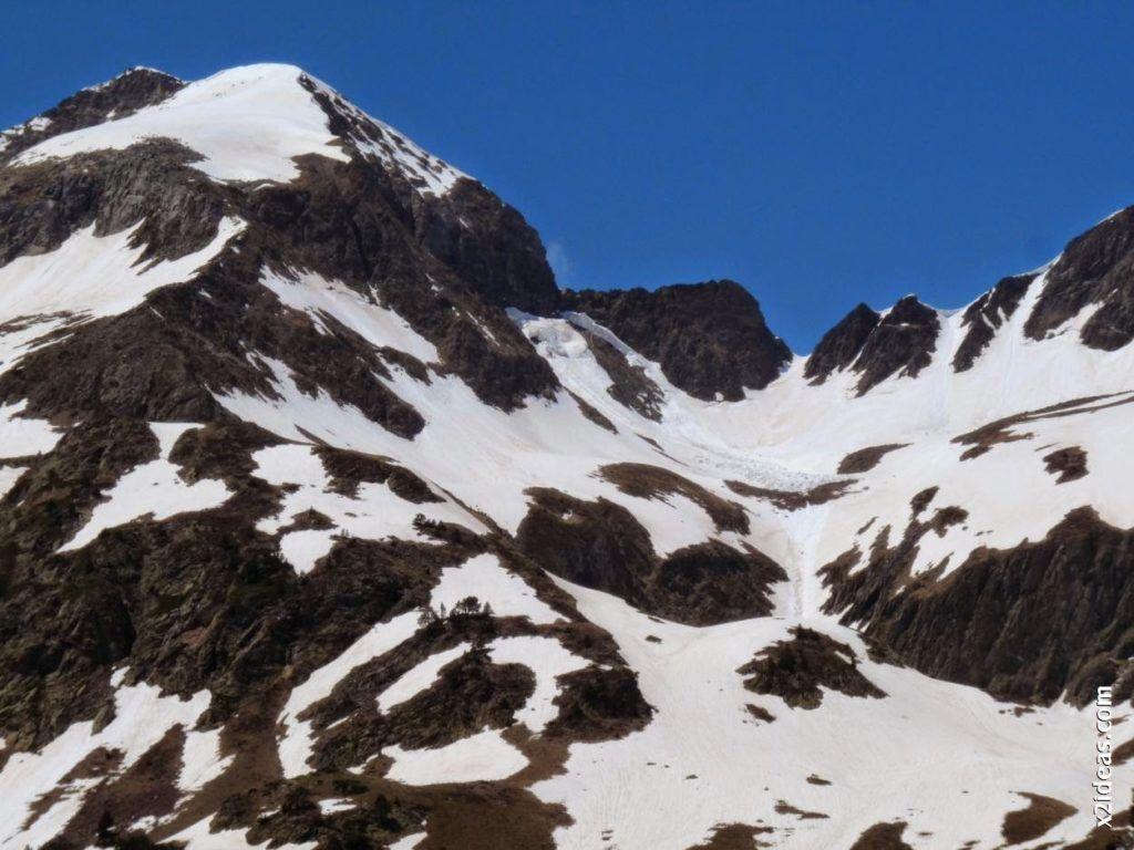 P1540430 1024x768 - Pisando nieve por Aigualluts, Valle de Benasque