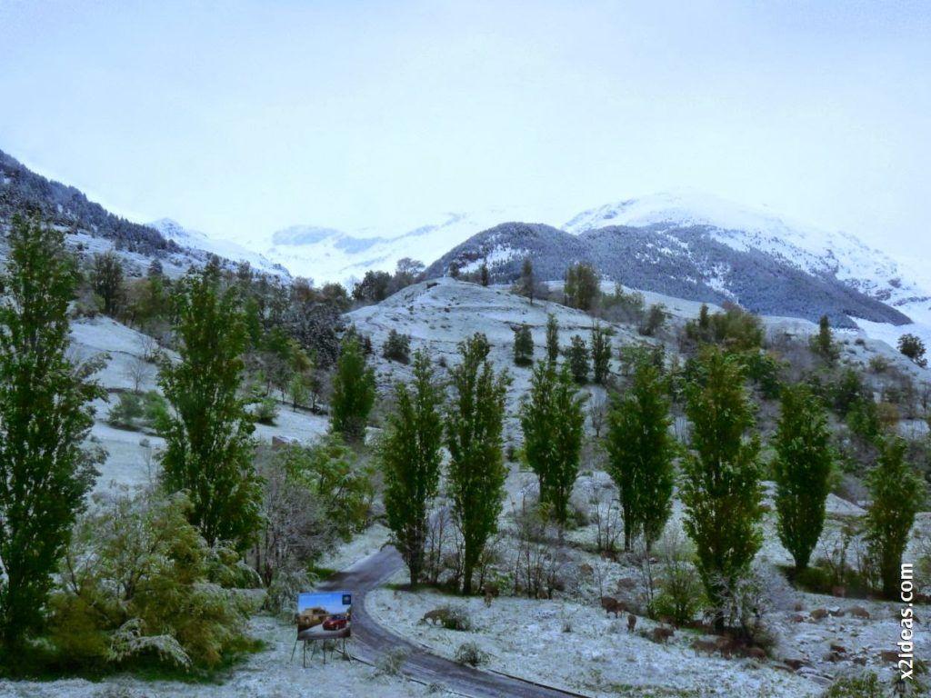 P1540790 1024x768 - Casi cerrando Mayo, con nieve en Cerler.