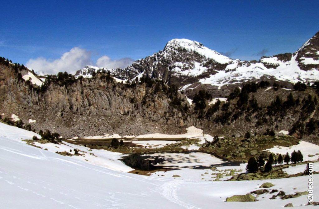 IMG 0097 1024x673 - Esquiando en el Glaciar de Maladeta en junio.